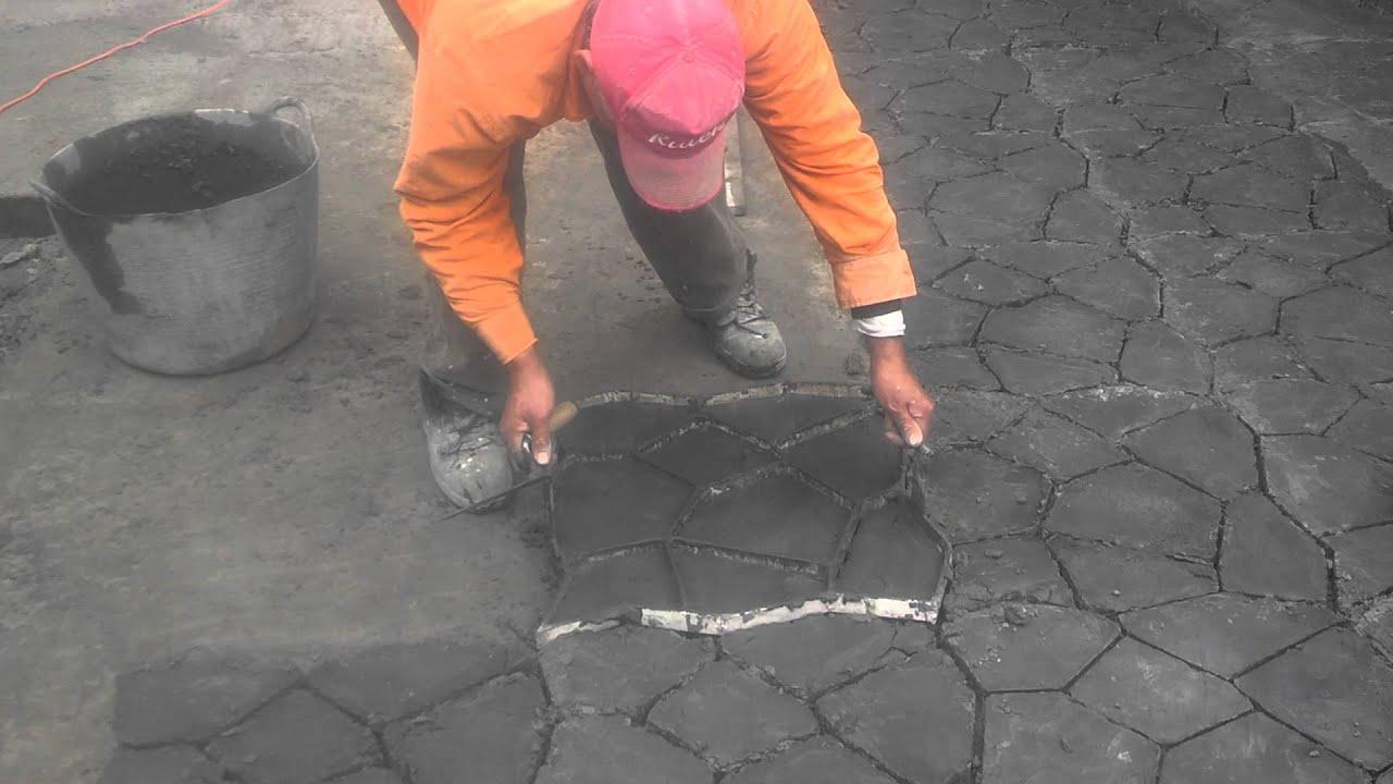 Construya ya suelo imitacion piedra con molde youtube - Imitacion piedra para exterior ...