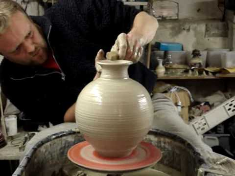Throwing A Pottery Vase Speeded Up 4x Fast Youtube