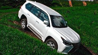 А лучше ли он Крузака? Lexus LX 450d 2016 тест драйв и обзор в сравнении с Toyota Land Cruiser 200