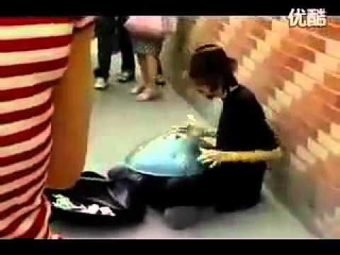 """Nghệ sĩ đường phố:"""" âm giai kỳ diệu """"      WWW.Beat.vn"""