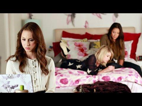 Pretty Little Liars Decorating Ideas: Hanna's Bedroom ...