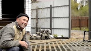 видео Укладка газонного камня
