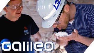 Schuften für das weiße Gold: Arbeiten im Salzbergwerk | Galileo | ProSieben