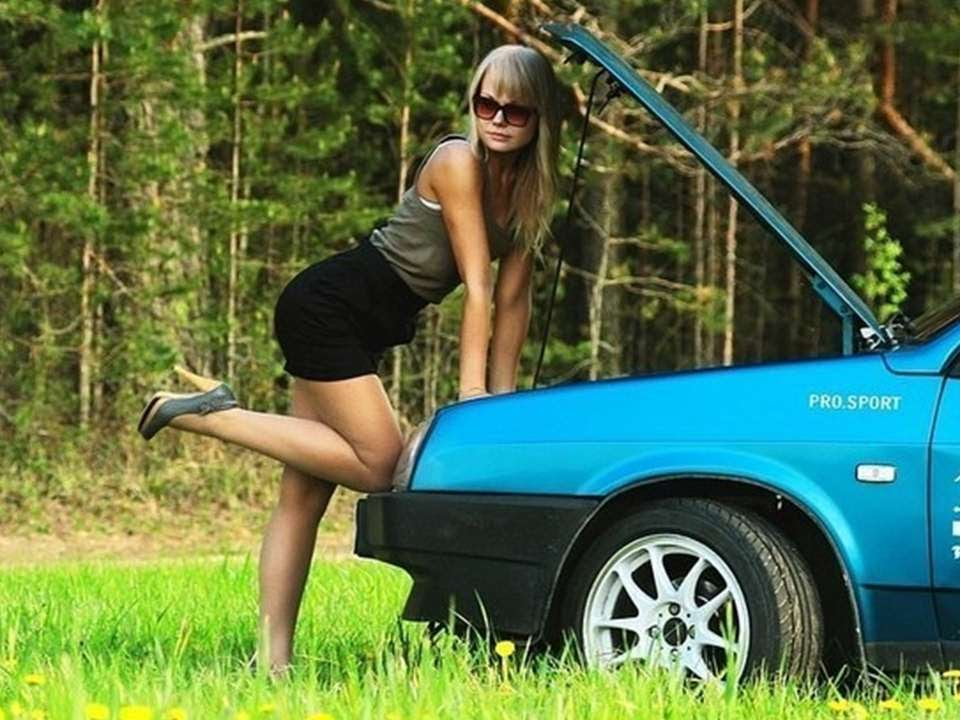 Русские девушки на свое машине фото