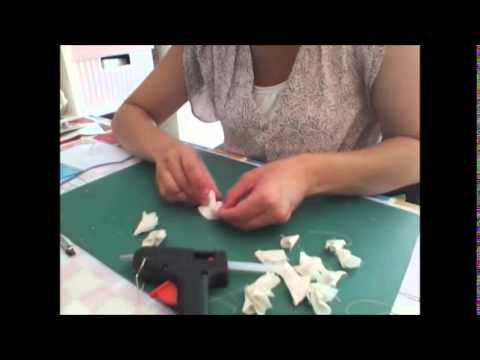 diy broche barette fleur en tissu facile youtube. Black Bedroom Furniture Sets. Home Design Ideas