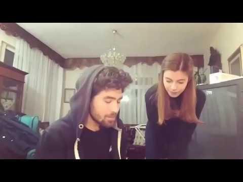 Hayat Bazen Tatlidir Elif Dogan الحياة جميلة احيانا زينب تغني مع صديقها Youtube
