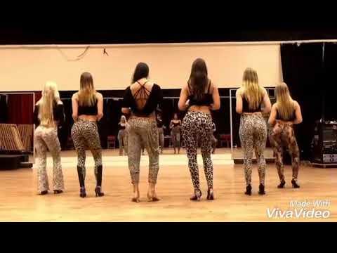 Mera Buda Balam Kare Ched Khani Song Dance By Girls