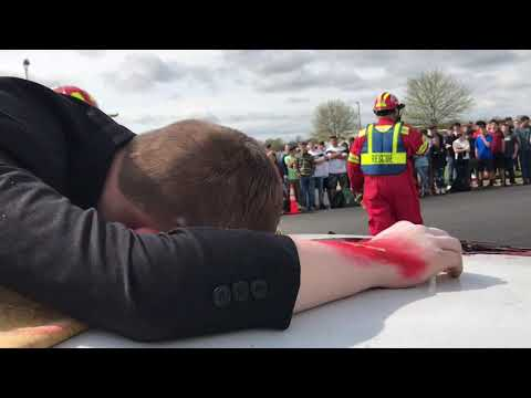 Video: Pope County EMS presents 'Prom Night' Accident Scenario to students at Pottsville High School