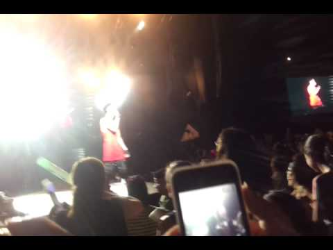 Justin Bieber - Believe Tour in Panama - She Don't Like The Lights, Die In Your Arms