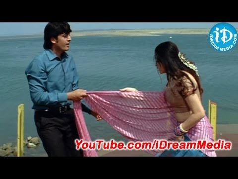 Bindu Madhavi Saree removal Scene - Rama Rama Krishna Krishna Movie
