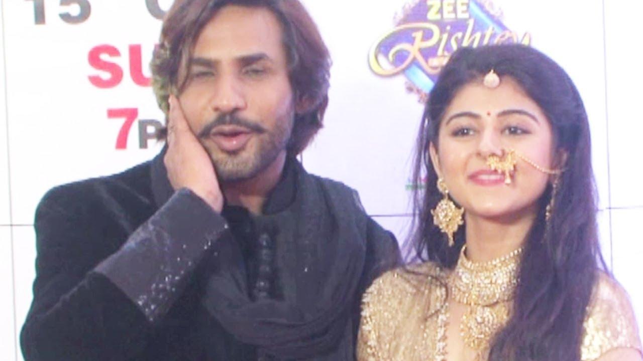 Yesha Rughani At Zee Rishtey Awards 2017 Red Carpet