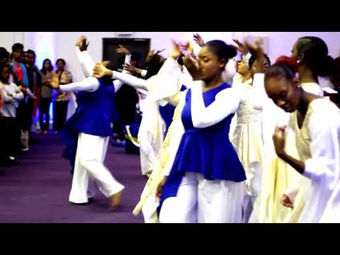 "13:46 Dance Ensemble ministering ""In Your Refreshing"" by Psalmist Raine"