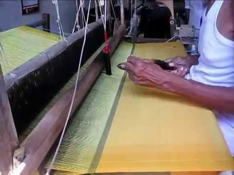 Weaving Process - Handloom Products of Sri Lanka - Handloomlanka com