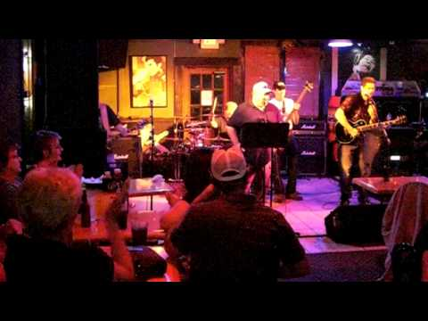 The MOB - Montrose Moxy Molly Kiss - Live at Gameday Maryland Hts MO 6-11-11 Raw Video
