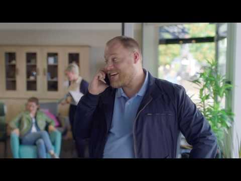 SNS commercial 'Persoonlijk antwoord op al je vragen over geld' met TN'er Bart