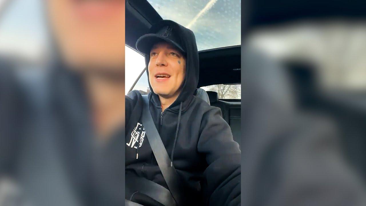 Monte Singt im Auto😂 MontanaBlack Instagram Story