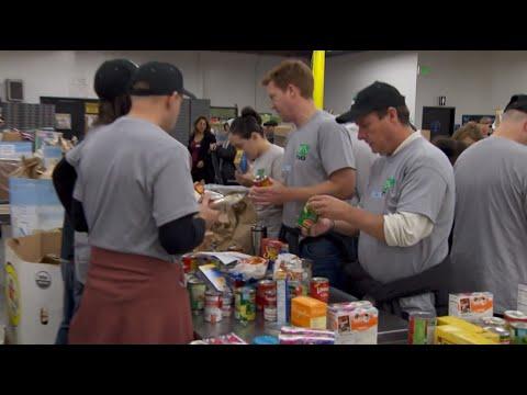 Volunteering at the Los Angeles Regional Food Bank