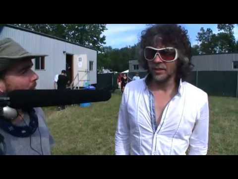 How to Meet Your Guitar Hero in Real Life (feat. Wayne Coyne - Flaming Lips)