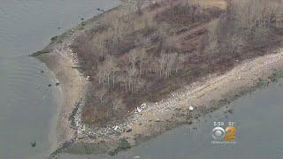 100万人の死者が眠る「死の島」、ニューヨーク州ハート島で侵食により遺体がむき出しに(アメリカ)