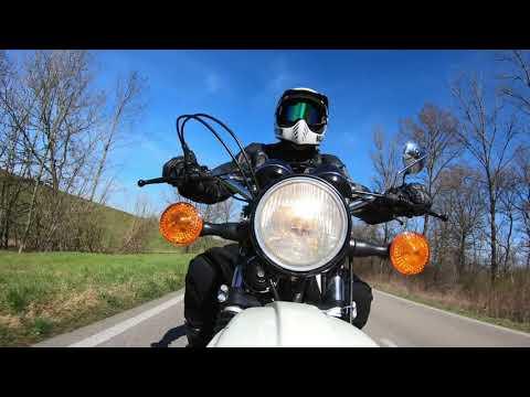 Riding my Yamaha XT 500