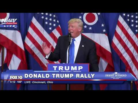 Donald Trump Mocks Hillary Clinton On Teleprompter Use FNN
