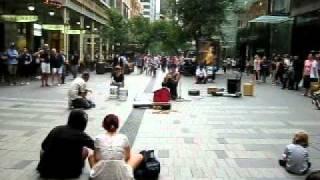Музыка на Pitt street, Сидней, 18 февраля 2012