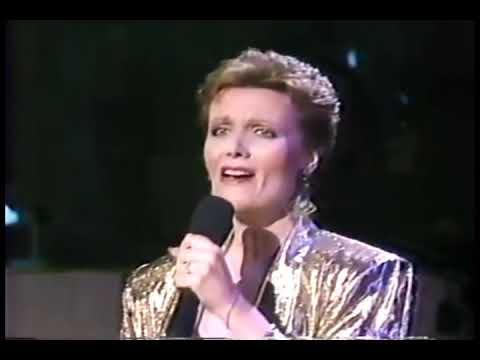 The Morning After ~ Maureen McGovern - Live 1988 (subtitulada) Mp3