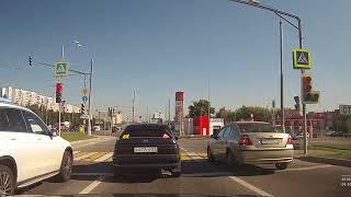 Смотреть видео ДТП переворот 02.08.2018 Москва Варшавское шоссе онлайн