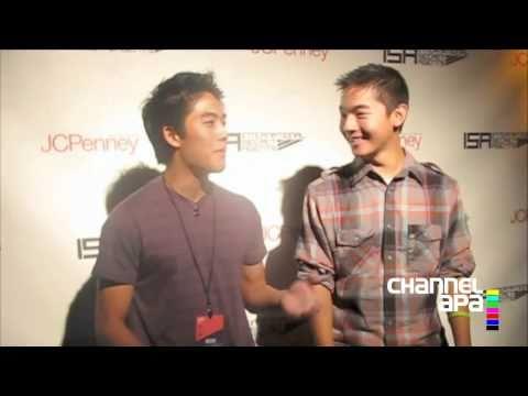 Ryan Higa & Kevin Wu backstage at 2010 ISA NY