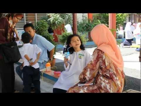 Hari Pertama Masuk Sekolah 2012