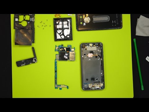 LG G6 Disassembly Teardown - A Quick Look Inside!