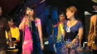 Download Video Wiwik Sagita Irma Permatasari - SERA - Arjun MP3 3GP MP4
