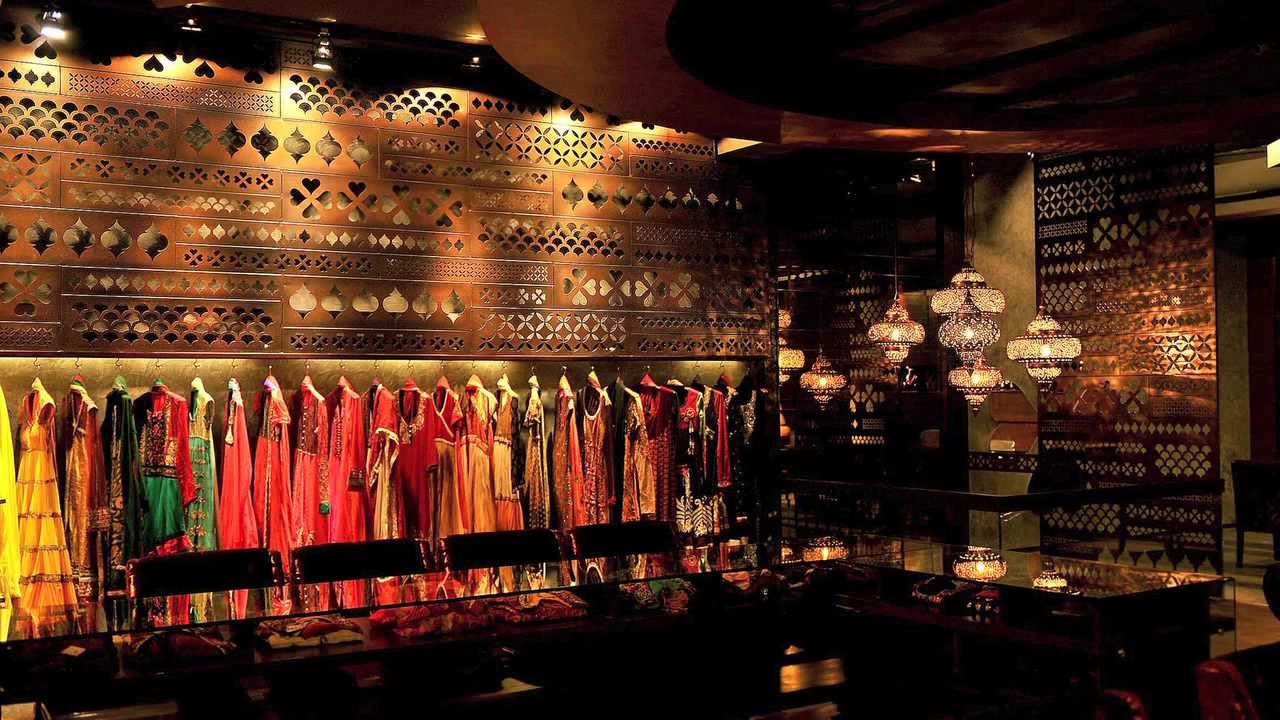 Indian Bridal Store Quot Integrates Traditional Craft