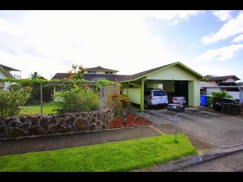 1641 Kalauipo Street, Pearl City, HI 96782