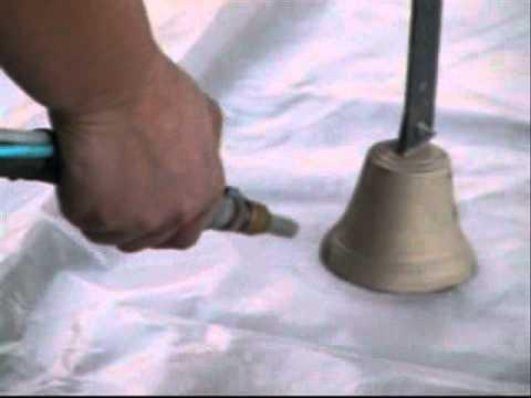 D capage d 39 une cloche en laiton youtube - Peindre une hotte en cuivre ...