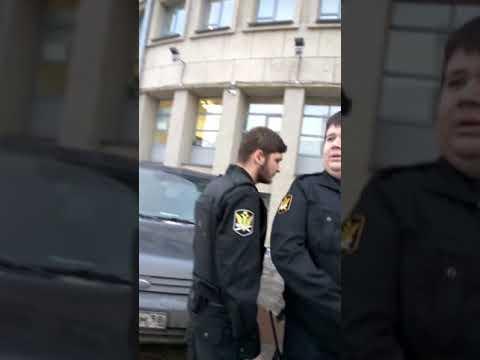 Не скучно в Московском районном суде Санкт-Петербурга
