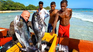 INDO TALES - EPISODE 18 Spearfishing on a new pinnacle and cooking fish
