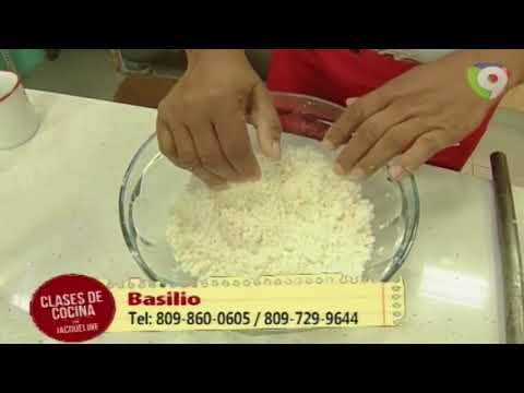 Como preparar Empanadas de Yuca en Clases de Cocina con Jacqueline (2/5)