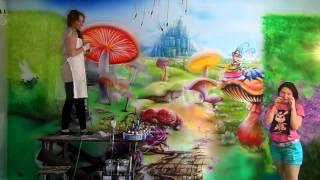 Роспись стен в детском кафе в г. Полтава Алиса в стране чудес(Настенная аэрография, нестандартный декор стен, потолков, реставрация мебели с помощью художественных..., 2014-06-14T06:56:26.000Z)