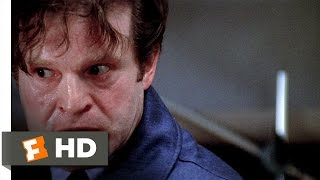 Three Days of the Condor (4/10) Movie CLIP - A Dangerous Package (1975) HD