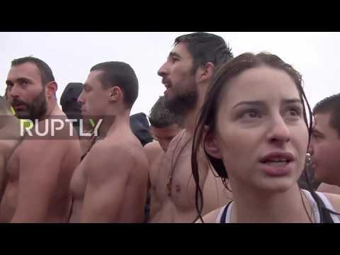 Serbia: Serbs brave Danube