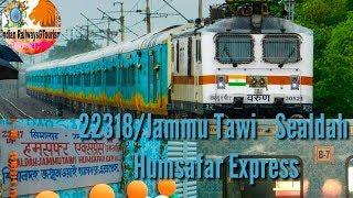 #Wap7 #sealdah #humsafar #varun  22318 -Jammu Tawi-Sealdah Humsafar Express indian railway &tourism