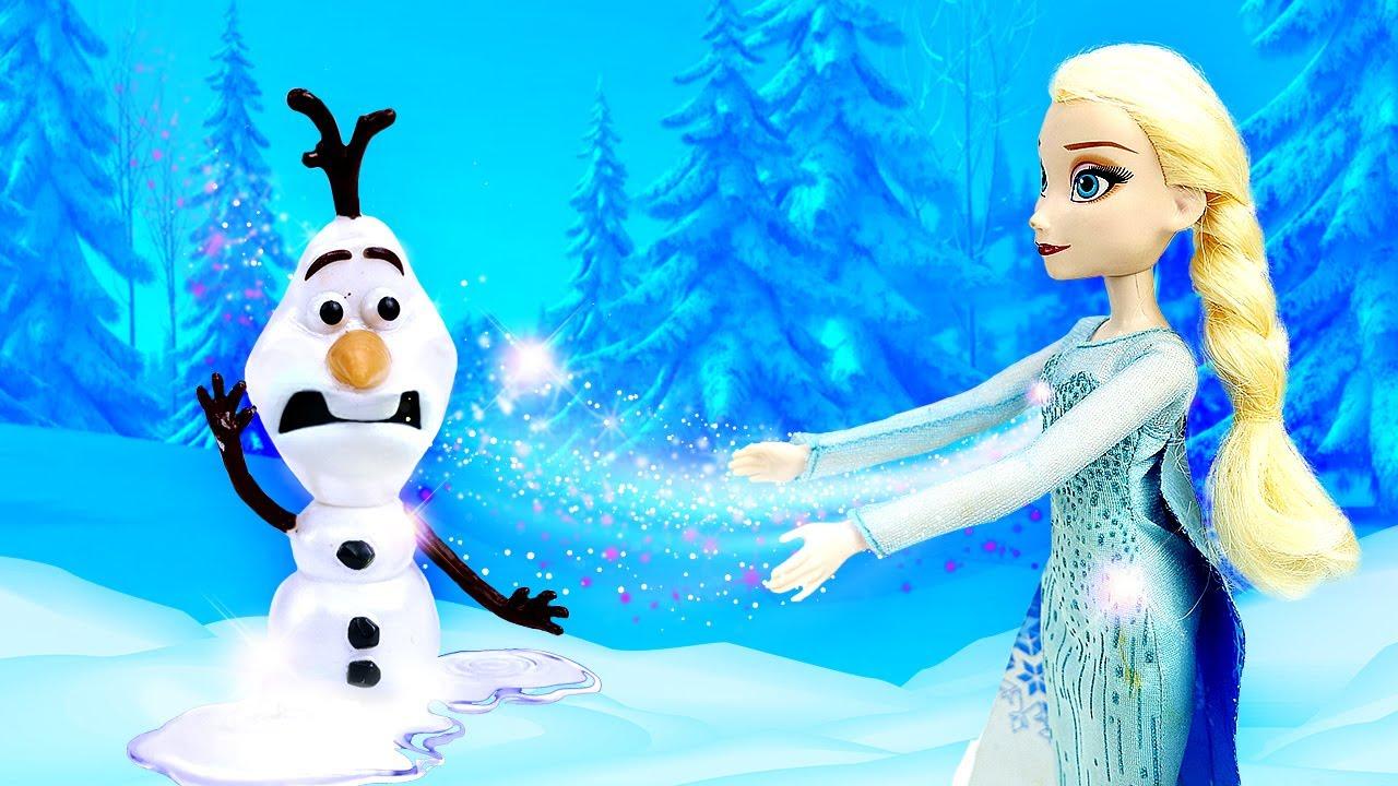 Olaf se derrite. Las muñecas Frozen 2 y Barbie en español. Vídeos para niñas.