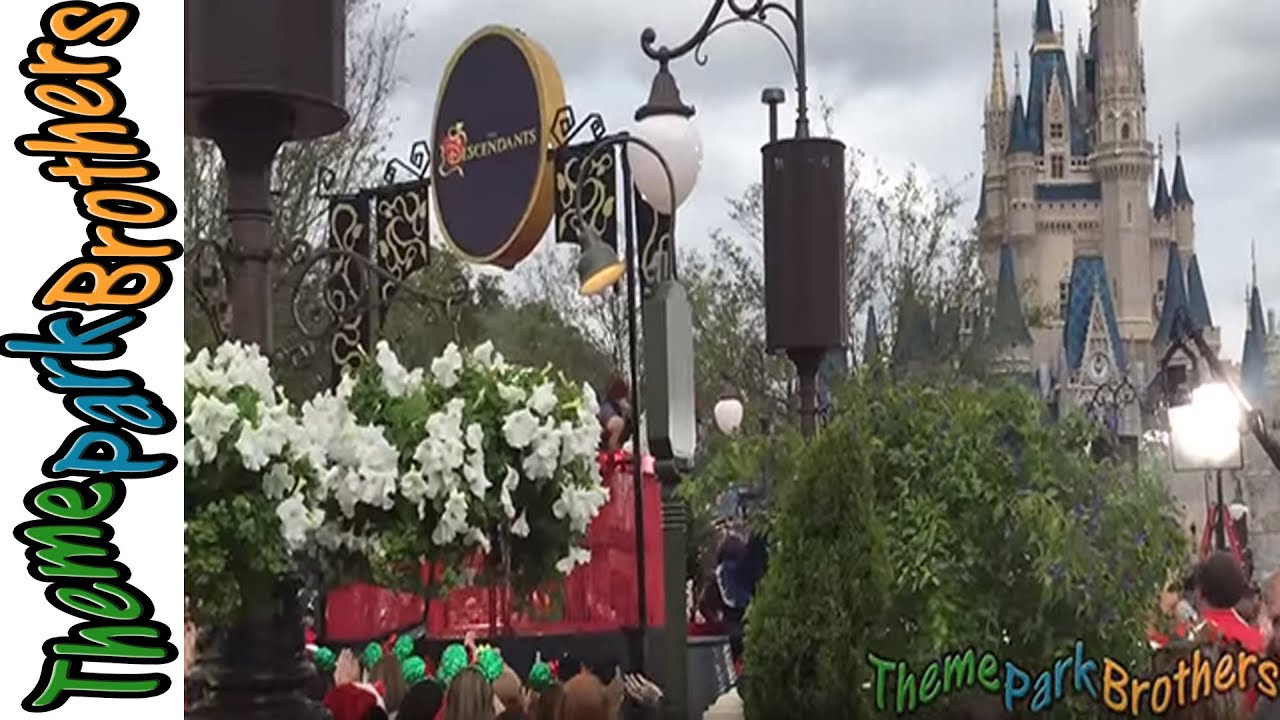 descendants disneys christmas day parade taping 2015 wdw