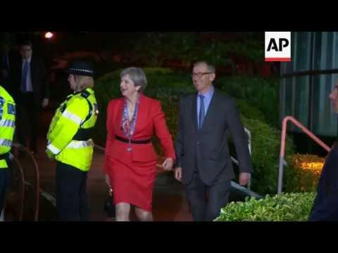UK PM arrives for seat declaration