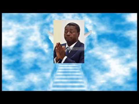 """Prière quotidienne du peuple: """"Notre Faure qui est Togo, que ton nom soit..."""""""