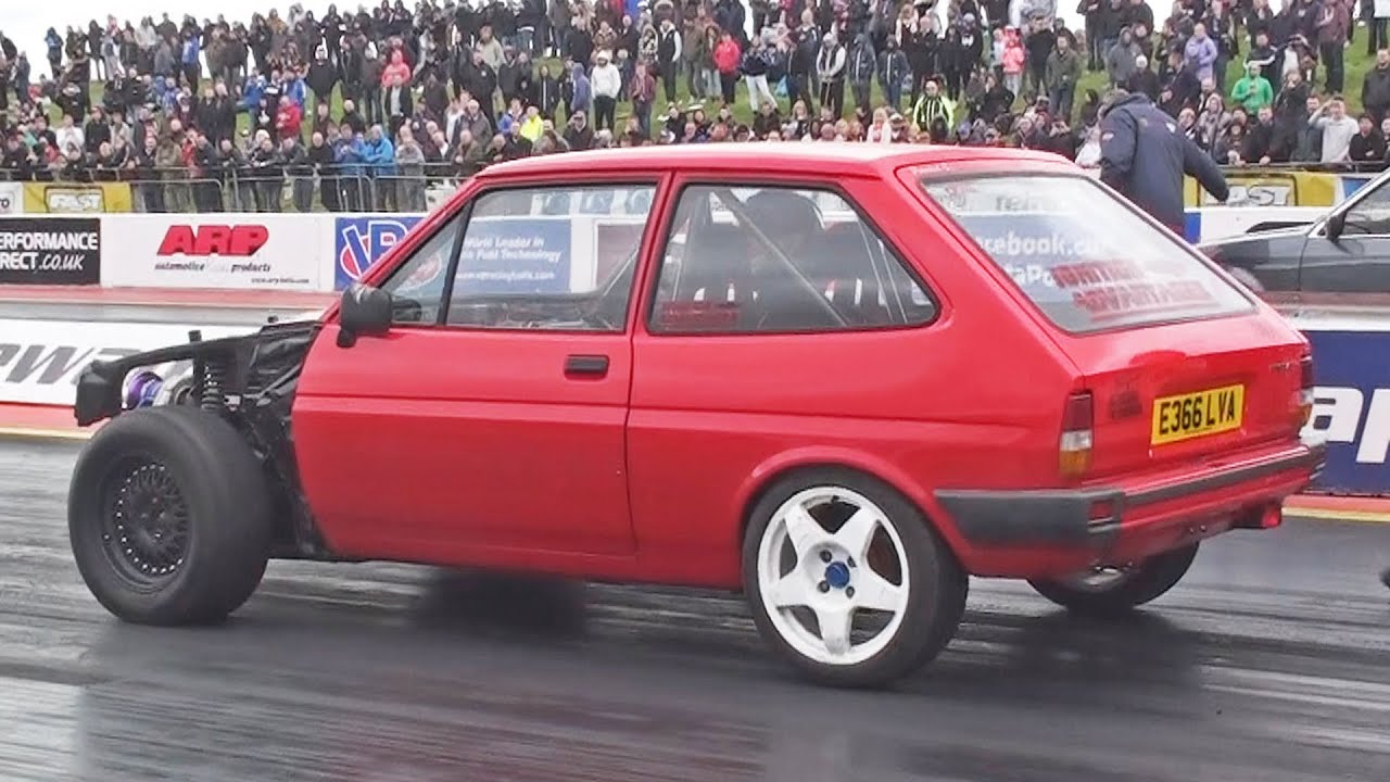 ford fiesta mk2 runs at 124 mph youtube. Black Bedroom Furniture Sets. Home Design Ideas