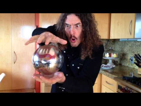 funny-weird-Al-Yankovic-mysterious-floating-orb