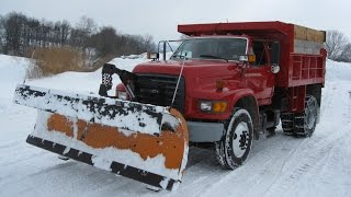 More Snow Plowing with the Ford F800