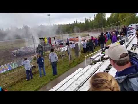2015 Capitol Speedway Demolition derby cars and trucks
